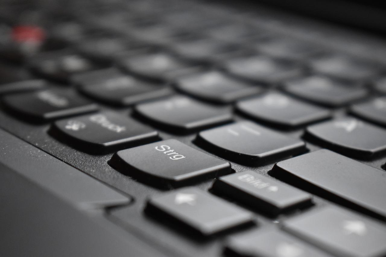 Lenovo Yeni Notebook'da Gizli Kablosuz Kulaklık